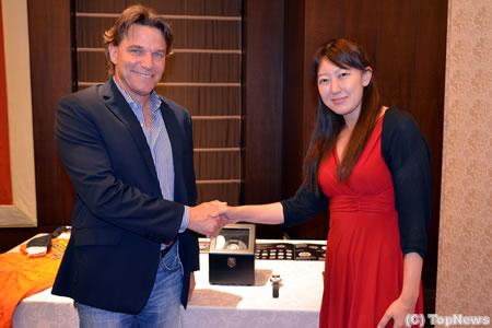 ステファン・ヨハンソンがデザインの時計が日本進出 - TopNews